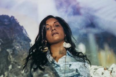 Maya Kamaty se réinvente avec Pandiyé
