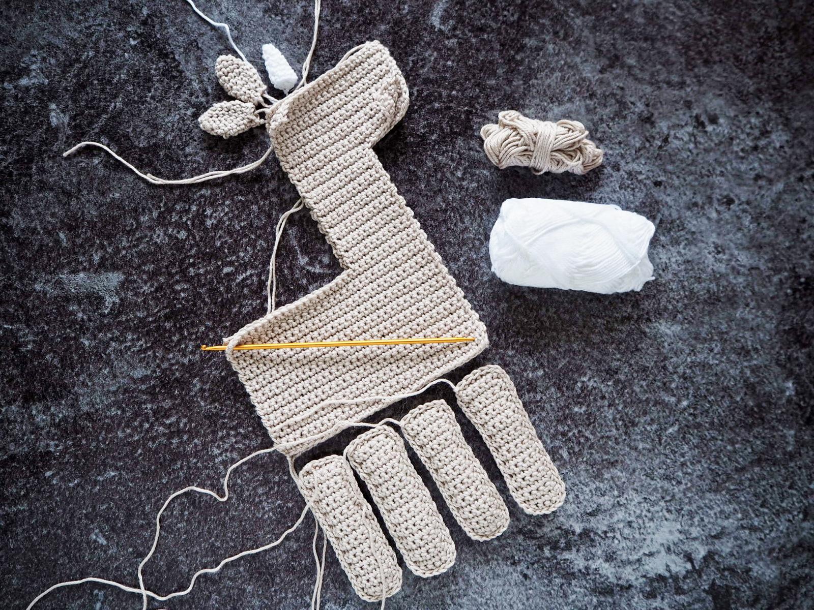 Häkeleinhorn entsteht aus Catania Baumwolle