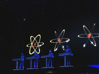 01.07.2017 Düsseldorf - Ehrenhof: Kraftwerk