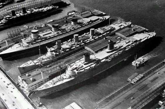 21 March 1940 worldwartwo.filminspector.com Normandie Queen Mary Queen Elizabeth