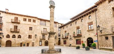 Cretas, hotel, plaza, Bañolas, Dimoni