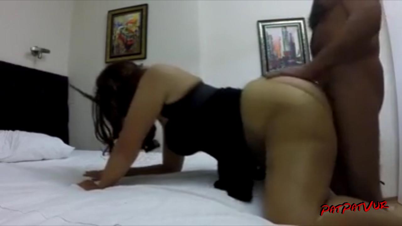 Türk Kızı ev halleri Banyo ve am resimleri  porno gizli