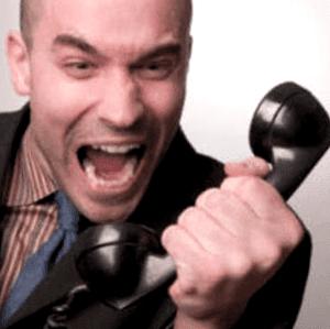 reclamar por teléfono