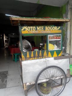 Warung Soto Mie Bogor Pak Herman Kampung Melayu