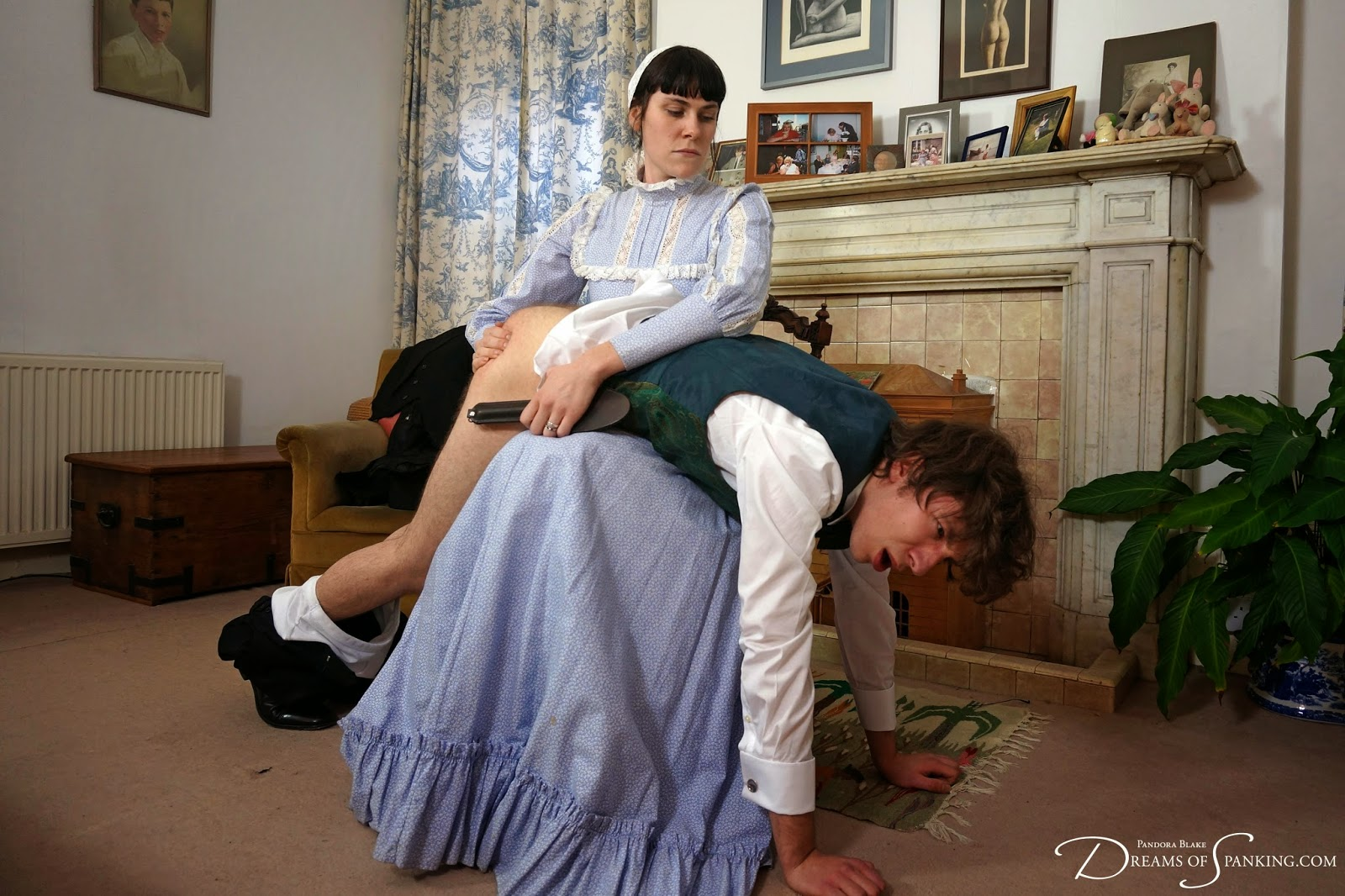 Queria governess lessons spank this MILF