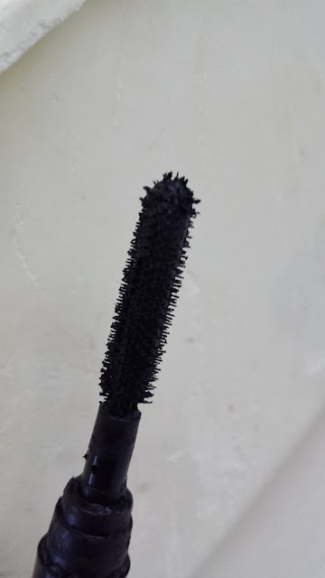 Urban Decay Big Fatty Mascara sample - www.modenmakeup.com