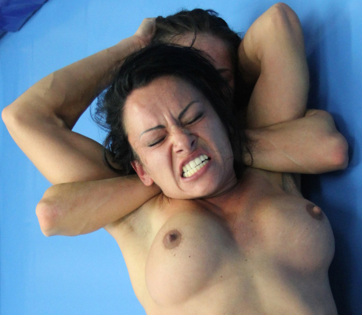 Nude Wrestling Photos