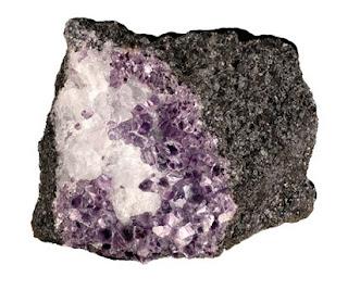 la amesita es un curioso mineral que puede cristalizar en forma de estrella