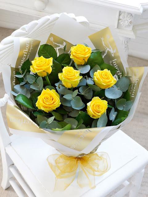 bó hoa sinh nhật màu vàng đẹp nhất