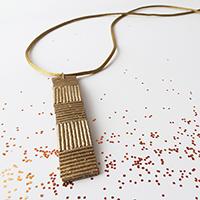 http://www.ohohblog.com/2012/12/pasta-necklace-2.html
