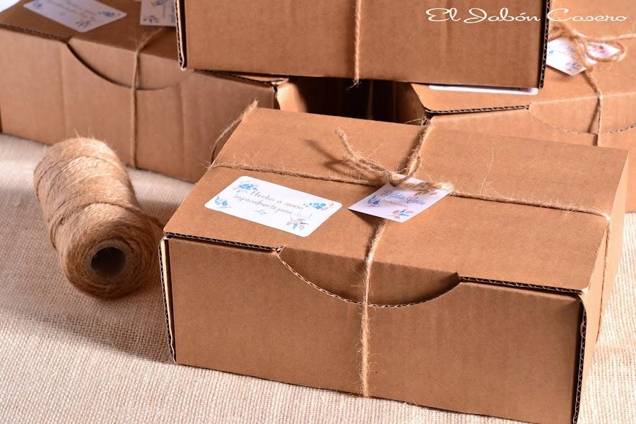 regalos navidad cajas con jabones artesanales naturales
