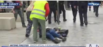 une femme Gilet jaune est jetée au sol au par la police, BFM coupe de suite  Capture3