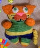 http://translate.googleusercontent.com/translate_c?depth=1&hl=es&prev=/search%3Fq%3Dhttp://funmigurumiandkidsstuff.blogspot.com.%26safe%3Doff%26biw%3D1429%26bih%3D984&rurl=translate.google.es&sl=en&u=http://funmigurumiandkidsstuff.blogspot.com.es/2013/10/funmigurumi-cuddlers-meeshoo.html&usg=ALkJrhjbdgQ8Un3ExqAA7j41hFbWpTi52g#.UwHCvc7-vBs