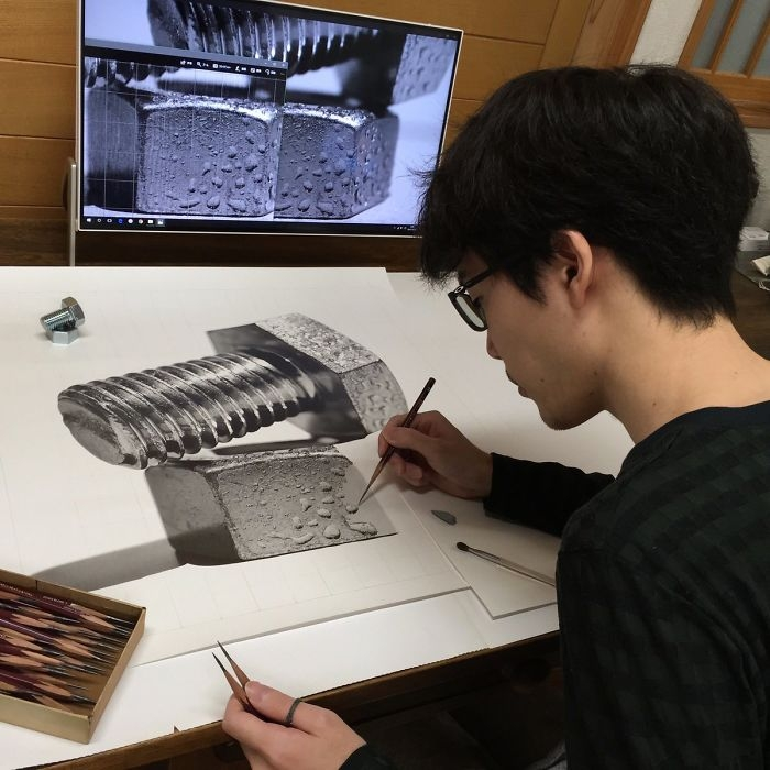01-The-Artist-at-Work-Kohei-Ohmori-大森-浩平-kohei6620-Drawing-Perfection-www-designstack-co
