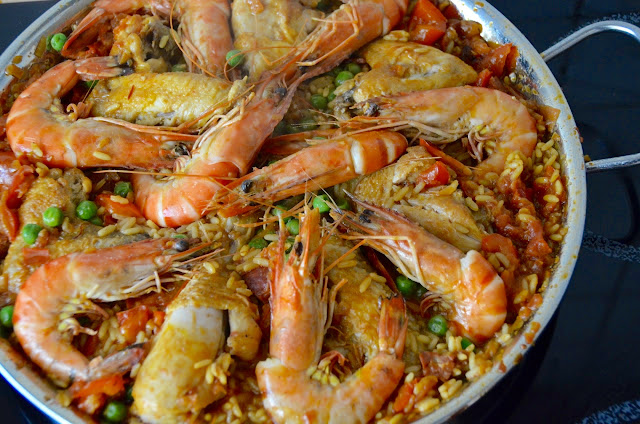 SPANISH MIXED PAELLA - 'PAELLA MIXTA'