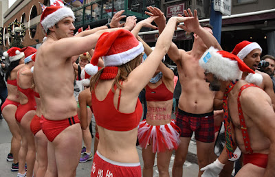a845a4ec92efb ... 2017 at Hemingway's Restaurant (142 Cumberland Street) in the upper  patio. People gather together, change into their red speedo bathing suits  and around ...