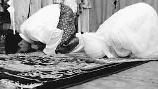 Kultum Keutamaan bagi suami istri yang menghidupkan shalat malam
