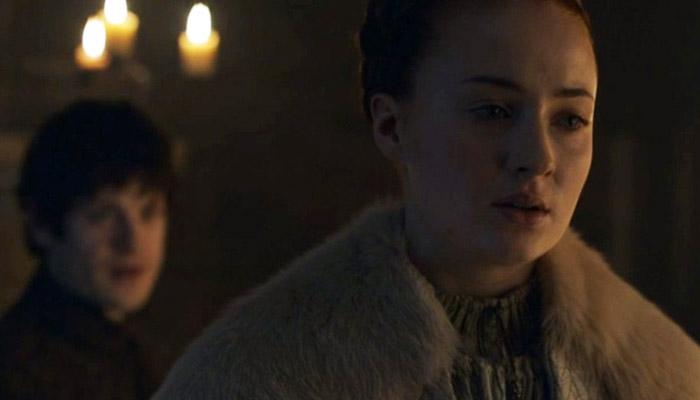 Roteirista de Game of Thrones defende cena de estupro de Sansa