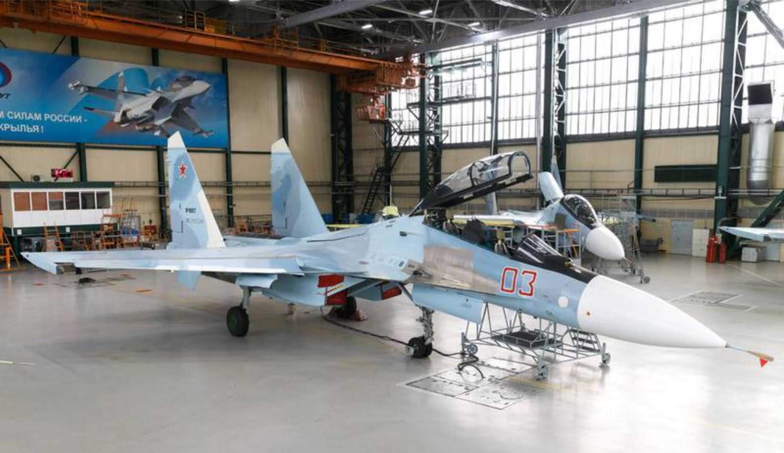 Pesawat tempur Rusia Su-30SM di kanibal dengan pesawat tempur Su-35