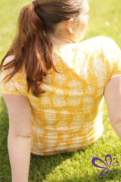 Dandelion von shhhout!, Basic Top, Basic Shirt, Fuchsfamilie Lieblingsstoffe, delightful feather