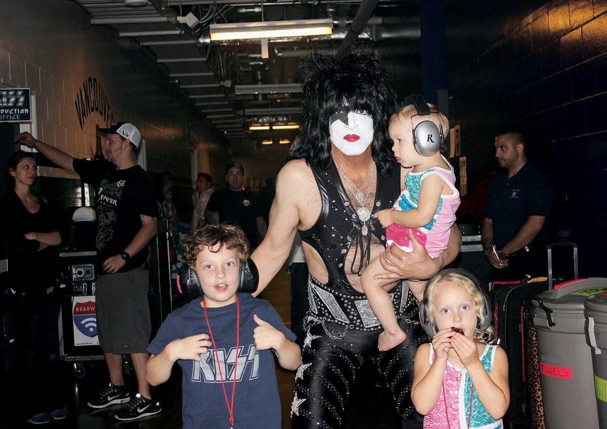 Avec ses meilleurs fans, ses enfants\\u2026