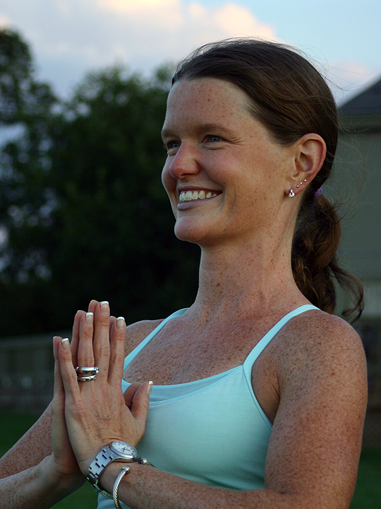 Passionate About Sharing The Power Of Yoga Its Transformational Benefits Melody Abella Founded A Mobile Business Abellayoga In 2006