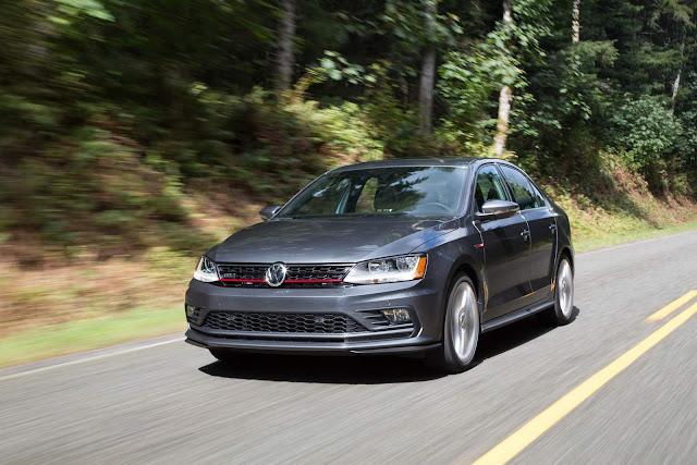 VW Jetta - sedã médio mais vendido do mundo