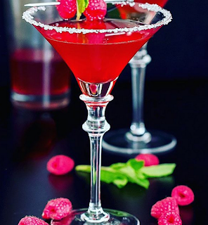 Bartending: 10 cold facts no one will tell you about Martinis