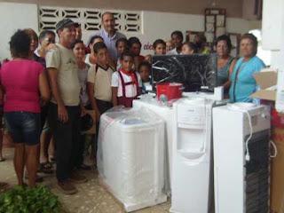 Donativo de Morón de la Frontera a escuela de Morón CUBA