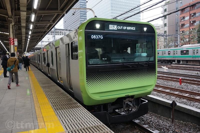 大崎駅停車中の山手線E234系