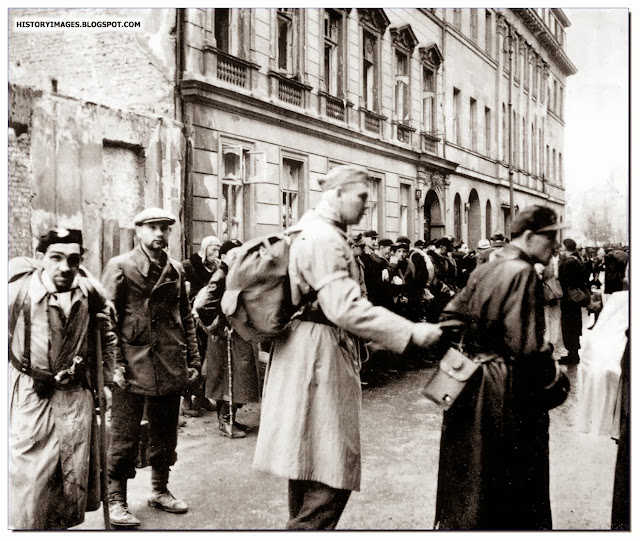 Home Army fighters surrender Warsaw Uprising 1944