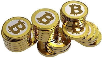 Sejarah Bitcoin      Bitcoin adalah sebuah uang elektronik yang di buat pada tahun 2009 oleh Satoshi Nakamoto. Nama tersebut juga dikaitkan dengan perangkat lunak sumber terbuka yang dia rancang, dan juga menggunakan jaringan peer-ke-peer tanpa penyimpanan terpusat atau administrator tunggal di mana Departemen Keuangan Amerika Serikat menyebut bitcoin sebuah mata uang yang terdesentralisasi . Tidak seperti mata uang pada umumnya, bitcoin tidak tergantung dengan mempercayai penerbit utama. Bitcoin menggunakan sebuah database yang didistribusikan dan menyebar ke node-node dari sebuah jaringan P2P ke jurnal transaksi, dan menggunakan kriptografi untuk menyediakan fungsi fungsi keamanan dasar, seperti memastikan bahwa bitcoin-bitcoin hanya dapat dihabiskan oleh orang memilikinya, dan tidak pernah boleh dilakukan lebih dari satu kali.  Desain dari Bitcoin memperbolehkan untuk kepemilikan tanpa identitas (anonymous) dan pemindahan kekayaan. Bitcoin - bitcoin dapat disimpan di komputer pribadi dalam sebuah format file wallet atau di simpan oleh sebuah servis wallet pihak ketiga, dan terlepas dari semua itu Bitcoin - bitcoin dapat di kirim lewat internet kepada siapapun yang mempunyai sebuah alamat Bitcoin. Topologi peer-to-peer bitcoin dan kurangnya administrasi tunggal membuatnya tidak mungkin untuk otoritas, pemerintahan apapun, untuk memanipulasi nilai dari bitcoin - bitcoin atau menyebabkan inflasi dengan memproduksi lebih banyak bitcoin.