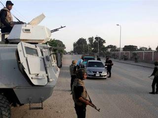 مقتل 18 من رجال الشرطة بعبوة ناسفة، في هجوم برى مسلح داخل العريش
