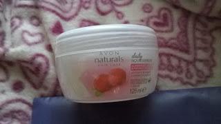 Recenzja - Avon naturals odżywcza maseczka do włosów woskownica czerwona i jogurt