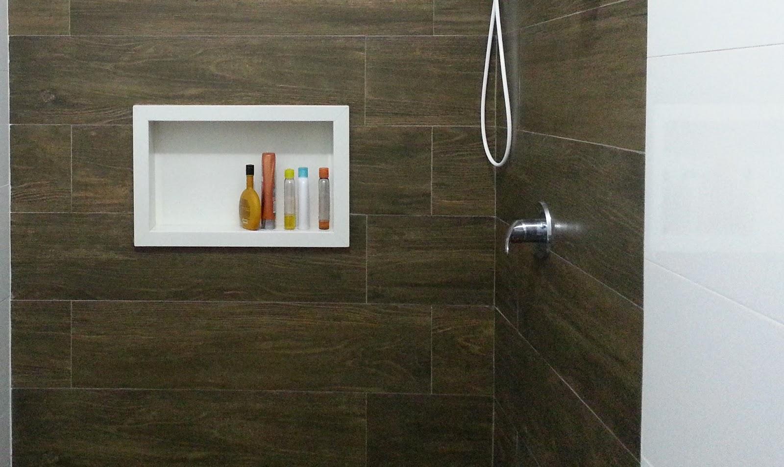 Panqueca na Parede Nicho embutido para banheiro  beleza e praticidade -> Banheiro Cm Nicho