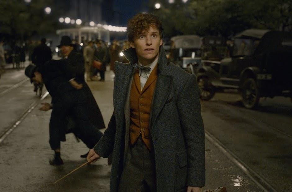 """Vídeo inédito de """"Animais Fantásticos: Os Crimes de Grindelwald"""" nos leva de volta à Hogwarts"""