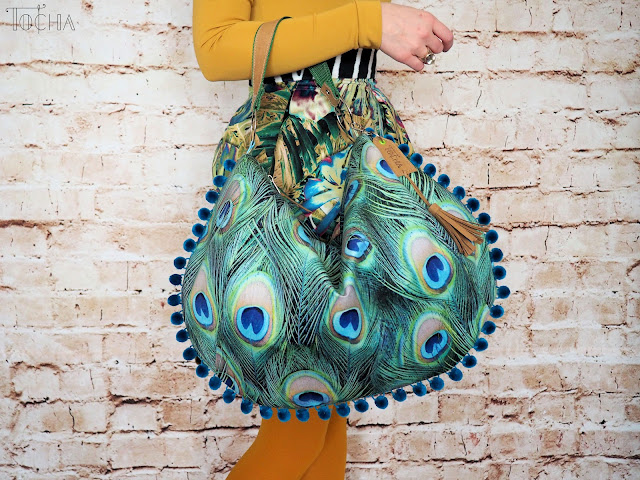 pdfsewingpatterns.com, peacock, velour, upholstery, tassel, Washpapa, vegan leather, sack bag, shoulder bag, washable craft paper, Tkaniny Karoliny, pawie oko, peacock feathers, vegan bag