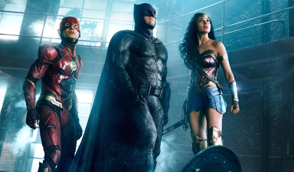 Liga da Justiça | Batman, Flash e Mulher-Maravilha se unem em imagem inédita