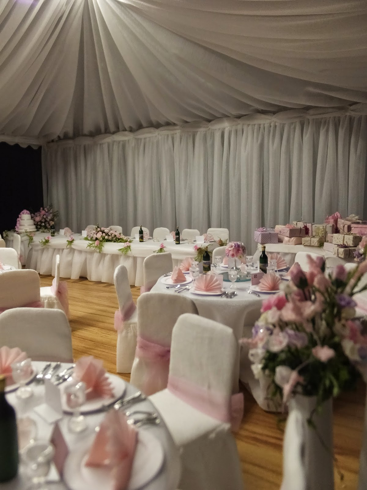 Wedding Marquee by Nelson miniatures club