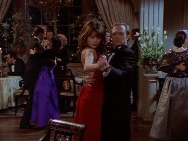 Frasier - Season 3 Episode 13: Moon Dance