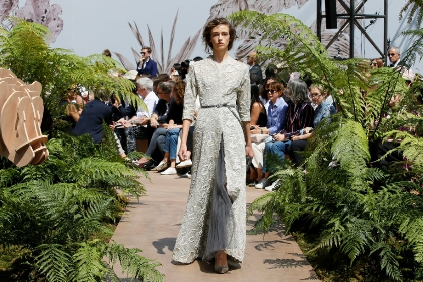 Dior - Paris Haute Couture 2017 - Eniwhere Fashion