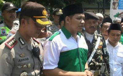 Ini Penyebab Ceramah DR Khalid Basalamah Ditolak di Sidoarjo