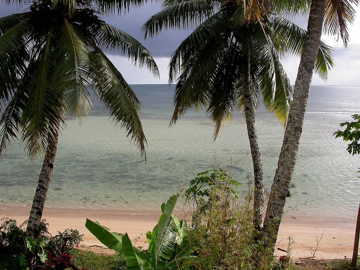 Sur Sainte-Marie, les paysages de bord de mer ne sont pas trop mals non plus !… d'autant que c'est une vue de la terrasse de notre chambre…