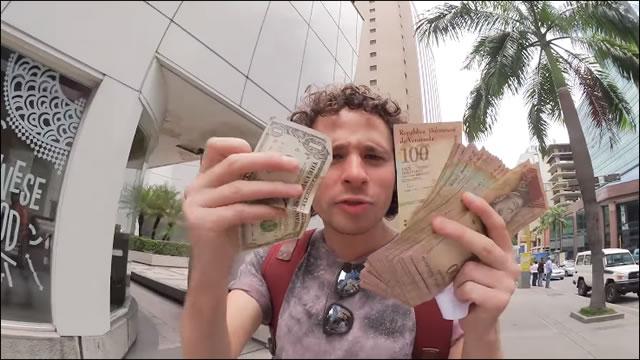 Youtuber mexicano está en Venezuela y quedó loco con la inflación