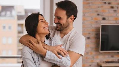 7 Kunci Suami Bahagia Dan Steia Pada Istri