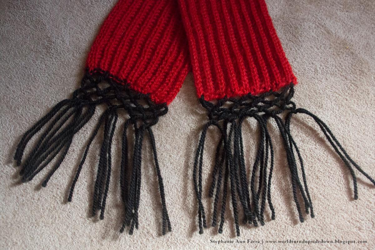 World Turn\'d Upside Down: Easy Knitting Civil War Scarf / Comforter