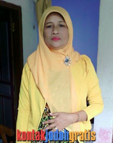 Anik Sriani janda blitar jawa timur cari suami