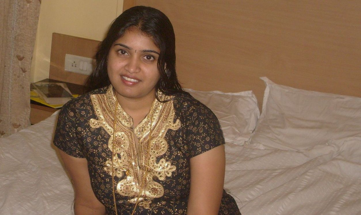 Aunty Heros Indian Homely Girls-9460