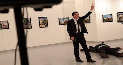 حصري   الكلمات الاخيره لقاتل السفير الروسي والتي اذهلت الجميع !
