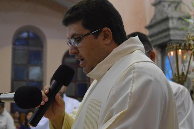 FESTA DE REIS: Fieis celebram 3ª noite de celebrações em São Joaquim do Monte